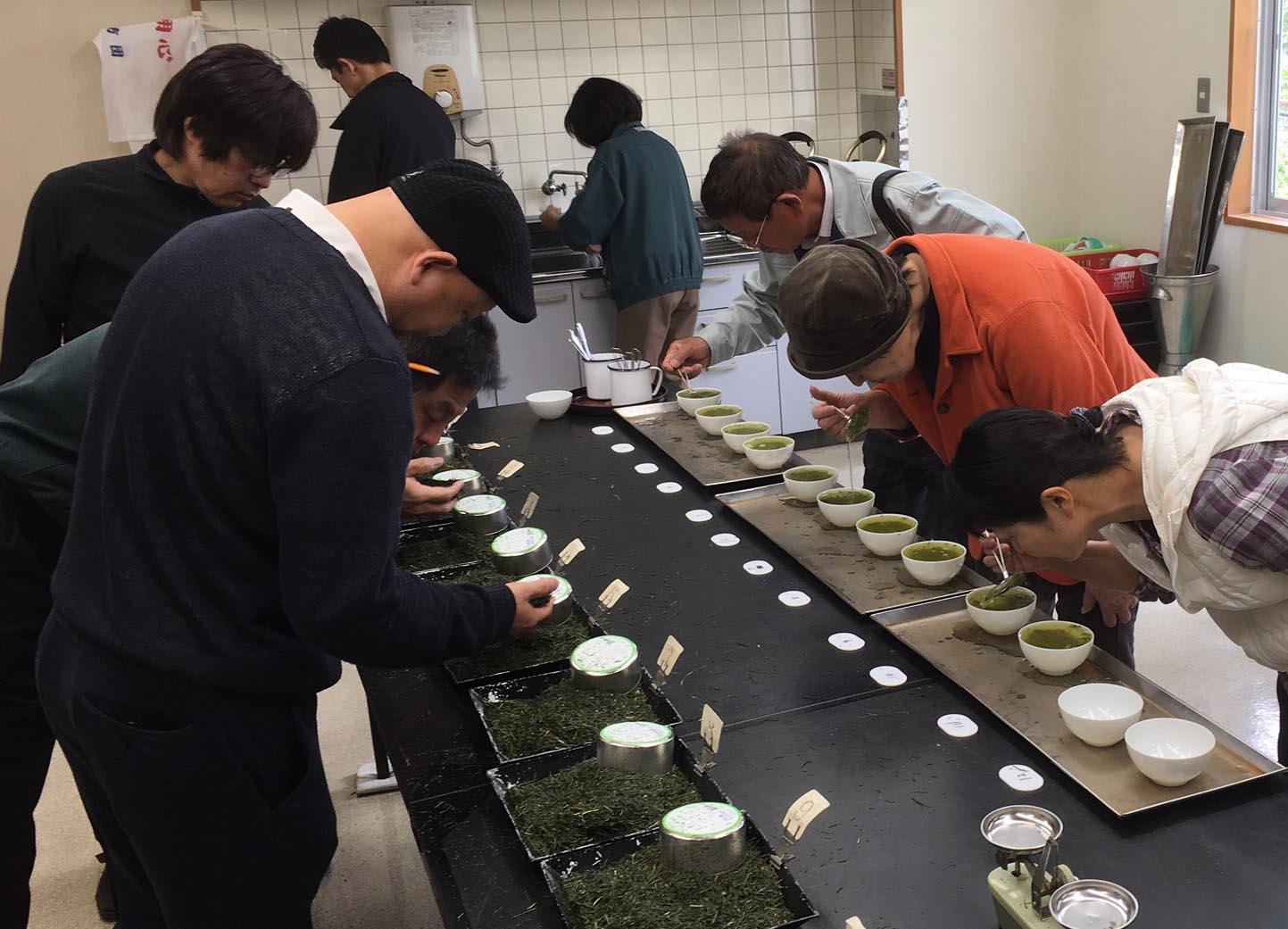 2018年度 荒茶初取引が開催されました。